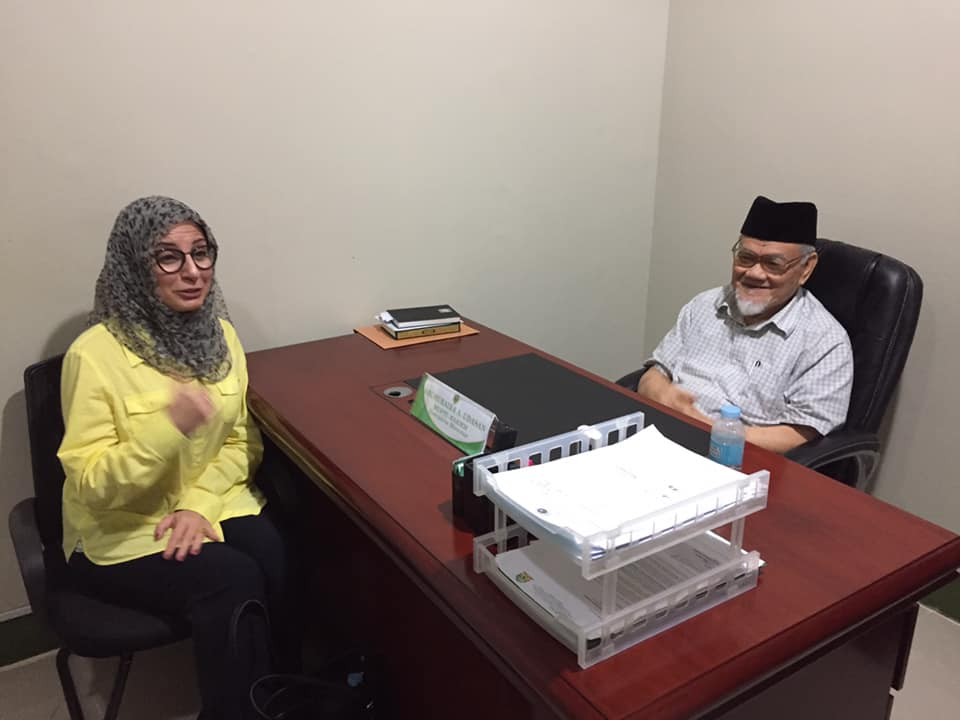 Dr. Hana Proposes Fatwa on Stopping Violence!